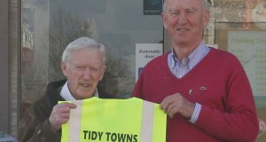 New Hi Viz Vest for Ferbane Tidy Towns